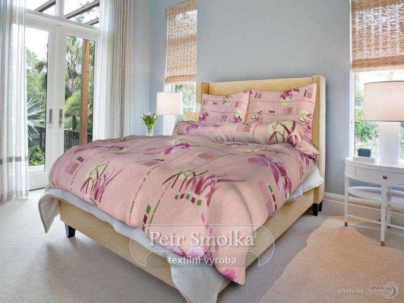 Bavlněné ložní povlečení růžové barvy s květy - Herbář růžový smolka