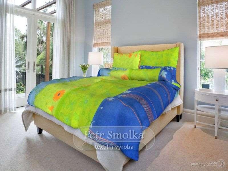 Bavlněné ložní povlečení v zelenomodré barvě s oranžovou květinou