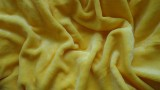 Mikroflanelové prostěradlo žluté