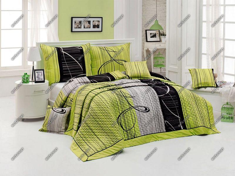 Přehoz Eternity Green přes postel s černošedým geometrickým vzorem doplněným o svěží zelenou barvu Matějovský