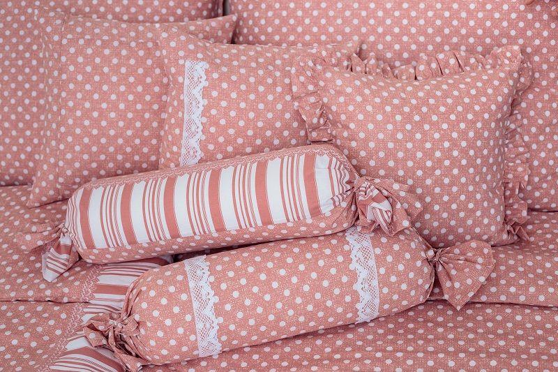 Povlak jednoduchý puntík na růžovém podkladu český výrobce