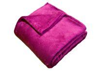 Příjemná a heboučká soft deka malinové barvy Dadka
