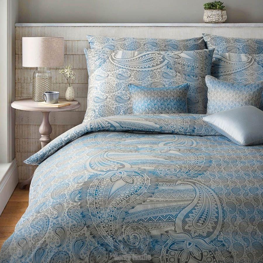 Luxusní damaškové povlečení v orientálním stylu s nežehlivou úpravou Diamant Cashmere modrá Veba