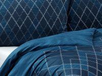 Kvalitní saténové povlečení Maxim v tmavo-modrých odstínech. Matějovský