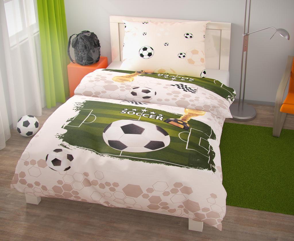 Dokonalé povlečení pro fotbalistu, motiv fotbalového hřiště a míče Kvalitex