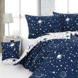 Kvalitní bavlněné povlečení Galaxy s vesmírnými motivy v modro-bílé. Matějovský