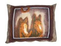 Plněný polštářek s motivem hlav koní, koně Dadka